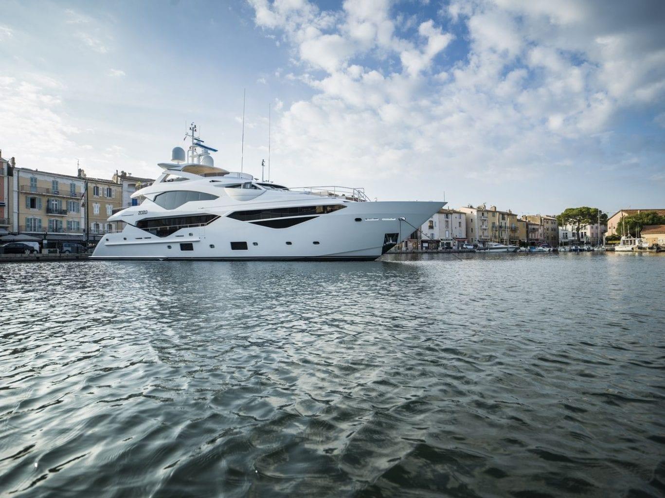 יאכטה Sunseeker Yacht 131 - סטרים יאכטות
