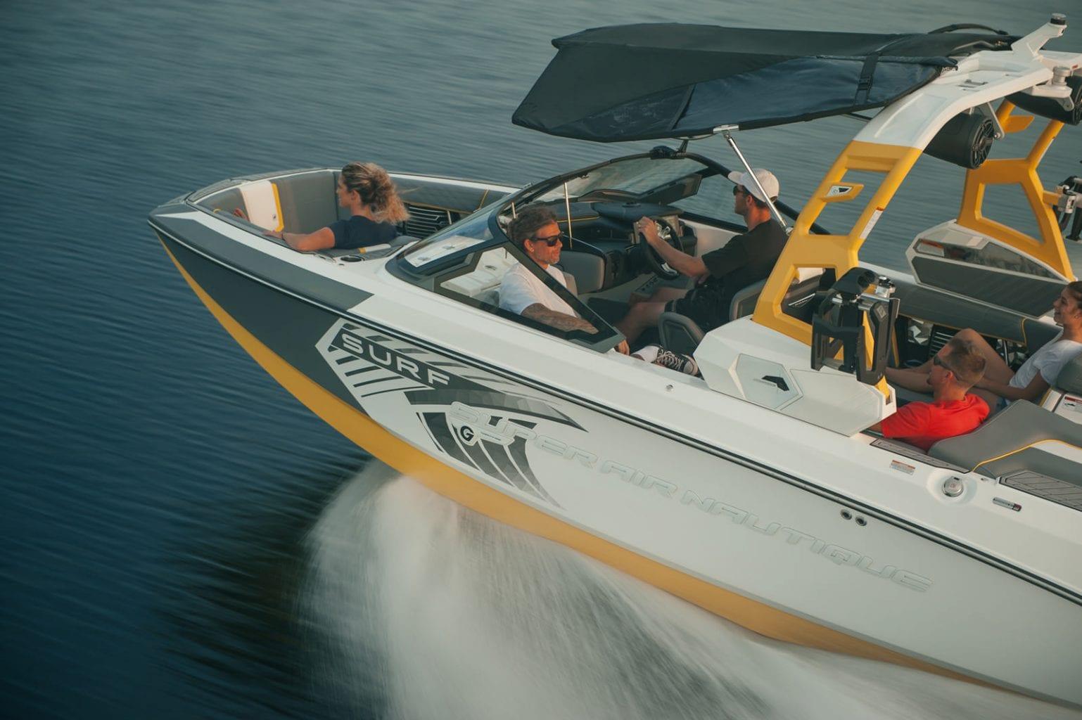 סירת ספורט וויקסרף וויקבורד NAUTIQUE G21 - סירת ספורט וויקסרף וויקבורד NAUTIQUE G21 - סטרים יאכטות