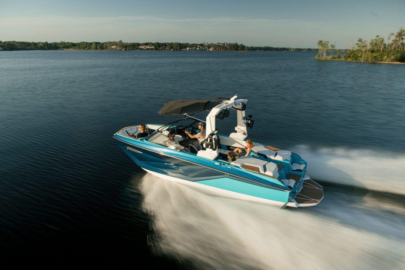 סירת ספורט וויקסרף וויקבורד NAUTIQUE G21 - סטרים יאכטות