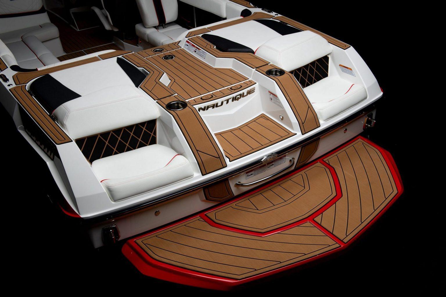 סירת ספורט וויקסרף וויקבורד וסקי NAUTIQUE GS22 - סטרים יאכטות