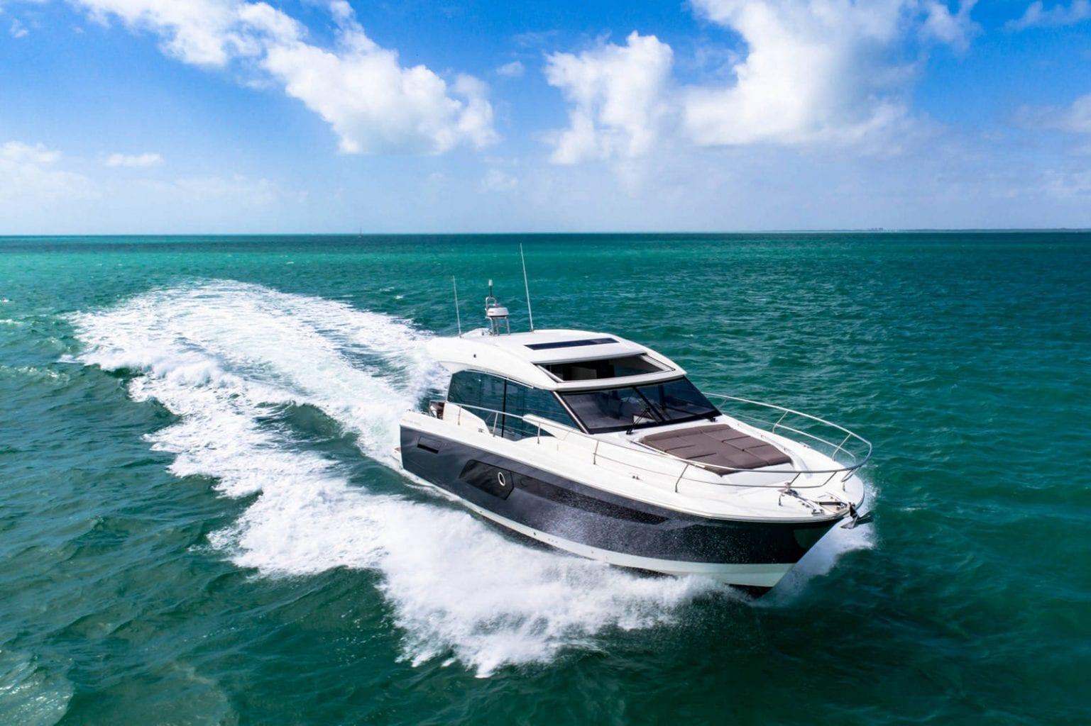 יאכטה Prestige 520 Sport - SPORT-LINE PRESTIGE 520S - Stream Yachts