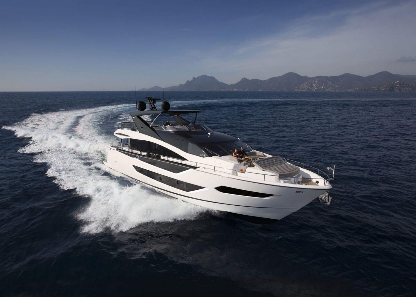 Sunseeker Yacht 88 - NEW - סטרים יאכטות