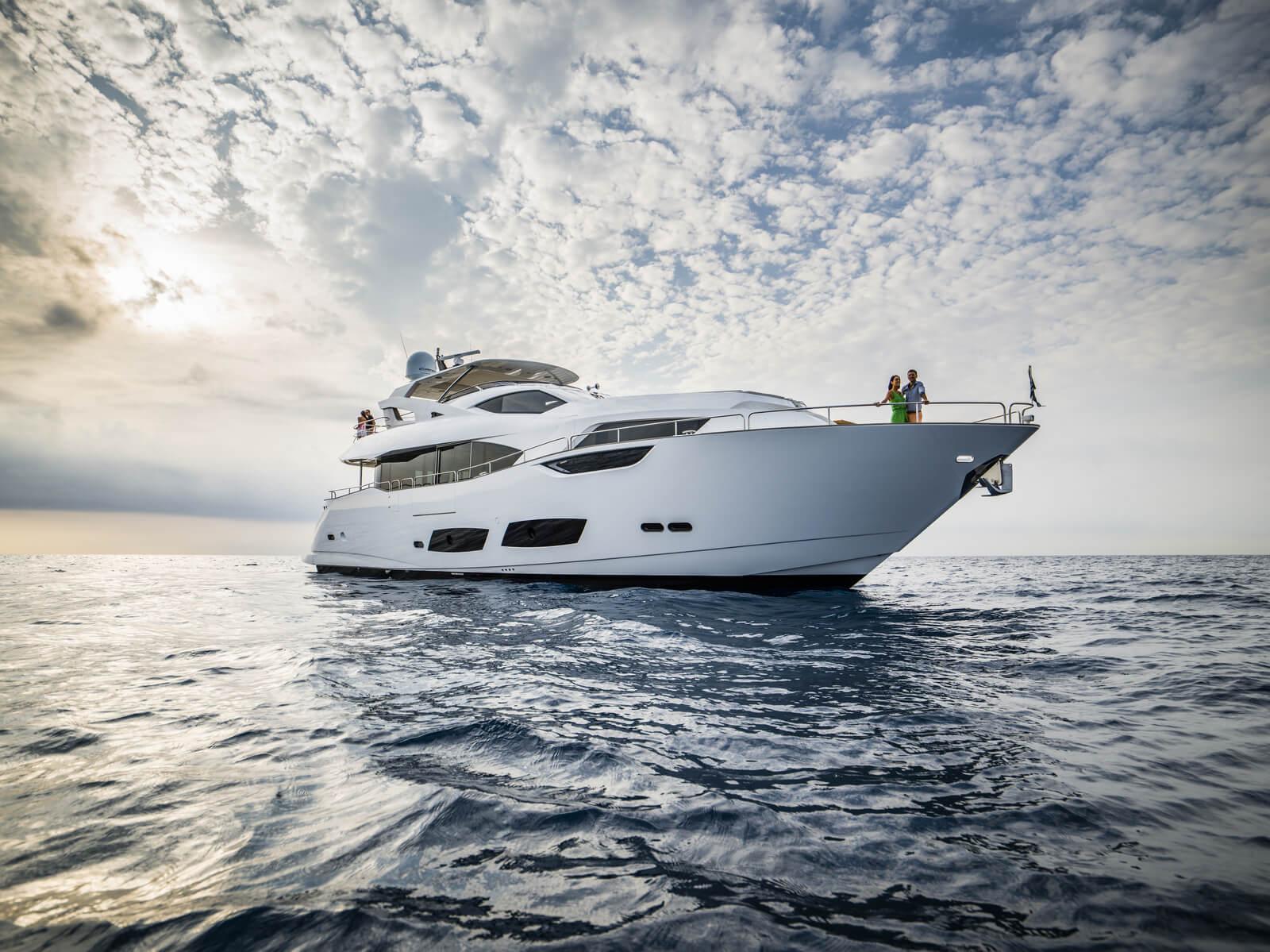 יאכטה Sunseeker Yacht 95 - סטרים יאכטות