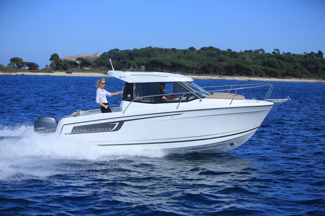 סירת מנוע JEANNEAU MERRY FISHER 695