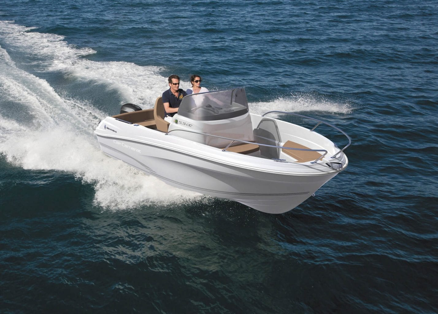 סירת מנוע Jeanneau Cap Camarat 5.5cc - סירת מנוע Jeanneau Cap Camarat 5.5cc - סטרים יאכטות
