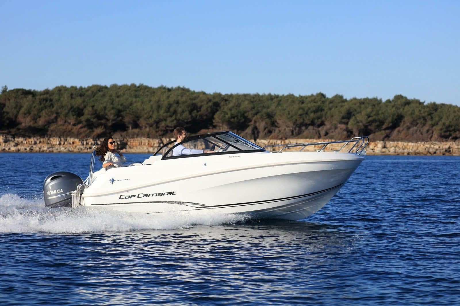 סירת מנוע Jeanneau Cap Camarat 5.5BR - סירת מנוע Jeanneau Cap Camarat 5.5BR - סטרים יאכטות