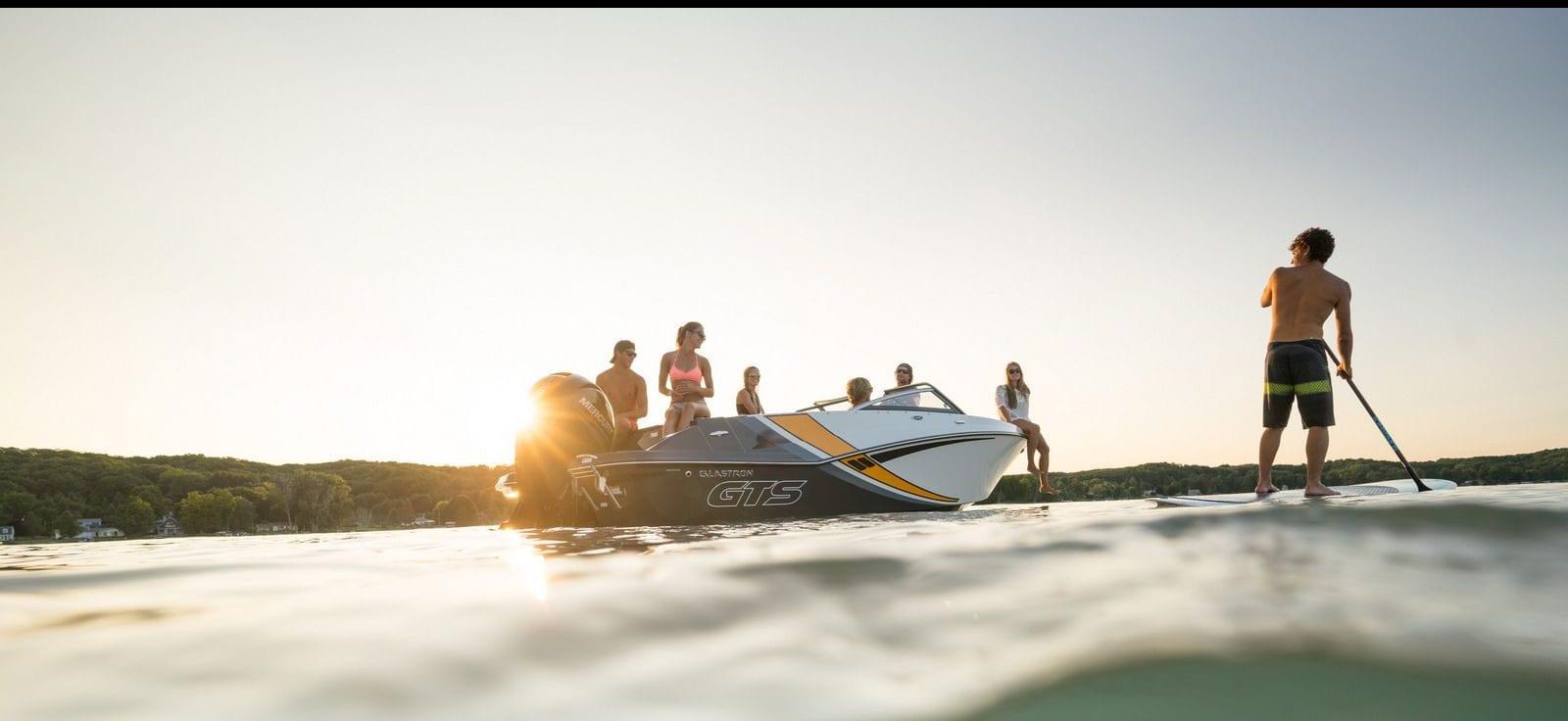 סירות סקי מקצועיות לגלישת סקי מים, וויקסרף או וויקבורד - סטרים יאכטות