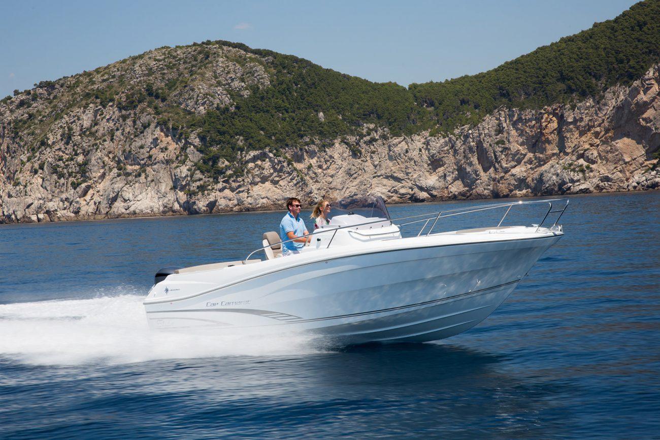סירת מנוע JEANNEAU CAP CAMARAT 7.5CC