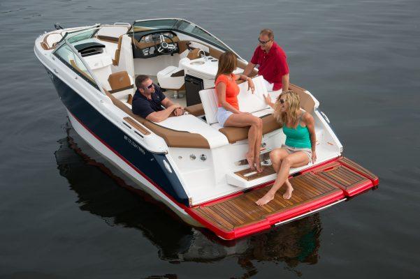 סירת מנוע (ספורט) Four Winns 260