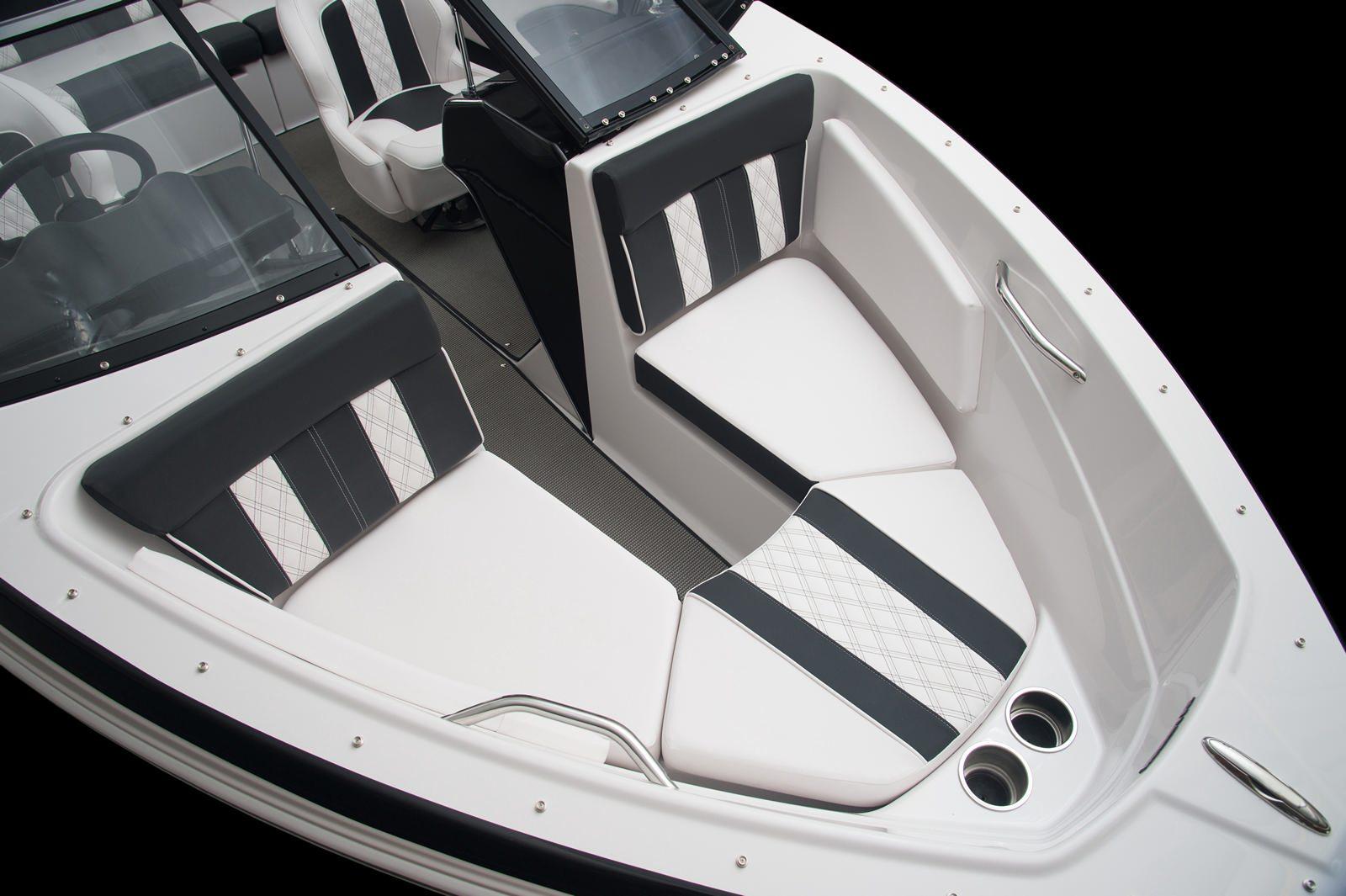 סירת ספורט Glastron 180 GT/GTS - סטרים יאכטות