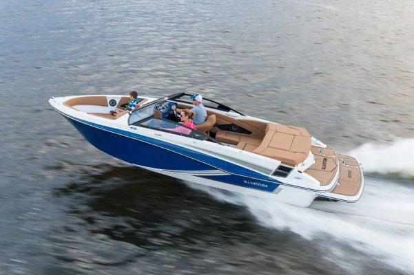 סירת ספורט Glastron 225