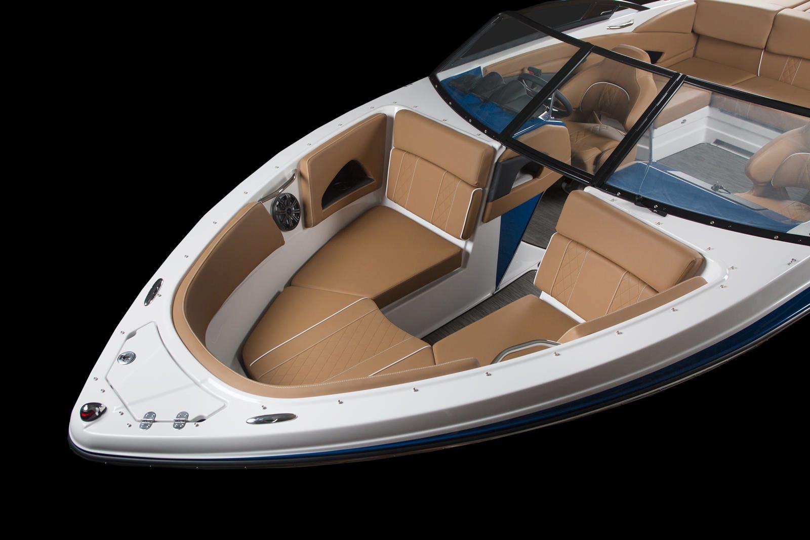 סירת ספורט Glastron 225 - סירת ספורט Glastron 225 - סטרים יאכטות
