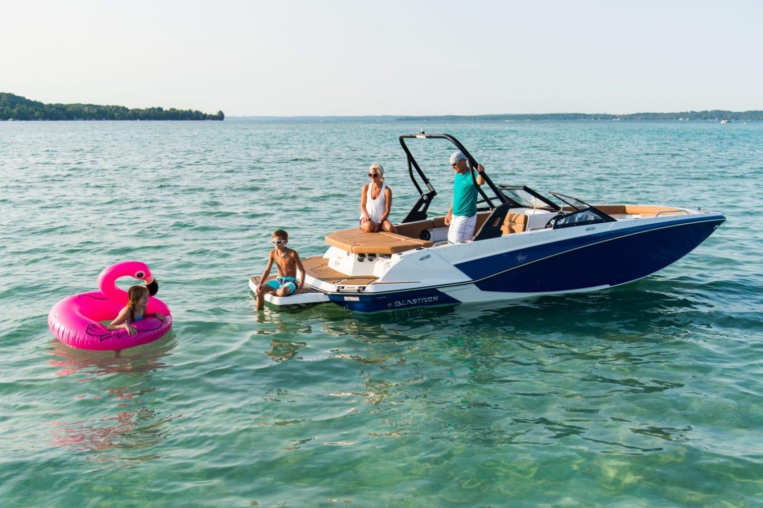 סירת ספורט GLASTRON GTD 205 - סירת ספורט Glastron GTD 205 - סטרים יאכטות