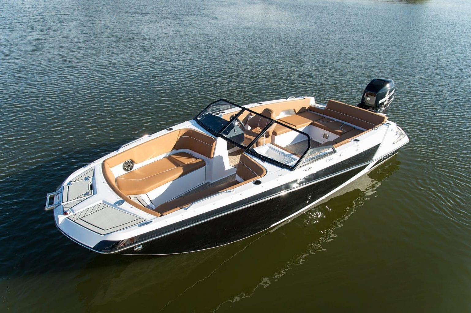 סירת ספורט GLASTRON GTD 220 - סירת ספורט Glastron GTD 220 - סטרים יאכטות