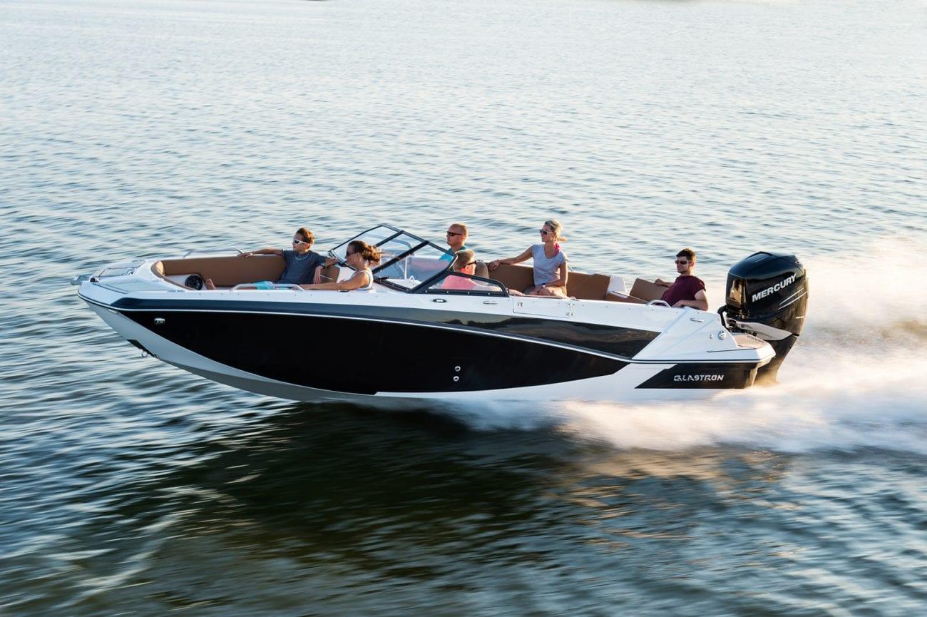 סירת ספורט GLASTRON GTD 220