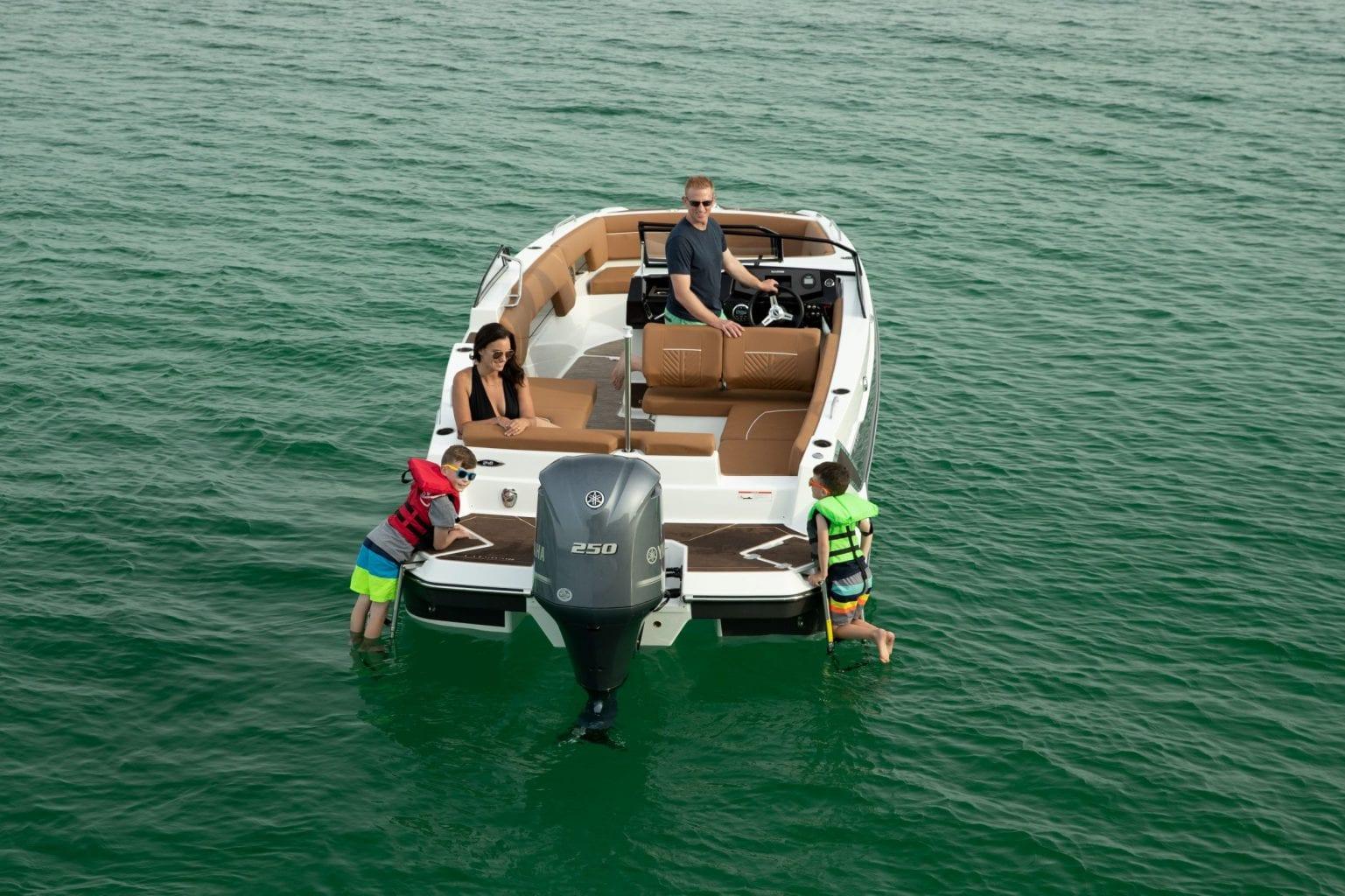 סירת ספורט Glastron 240 GTD-NEW - סטרים יאכטות