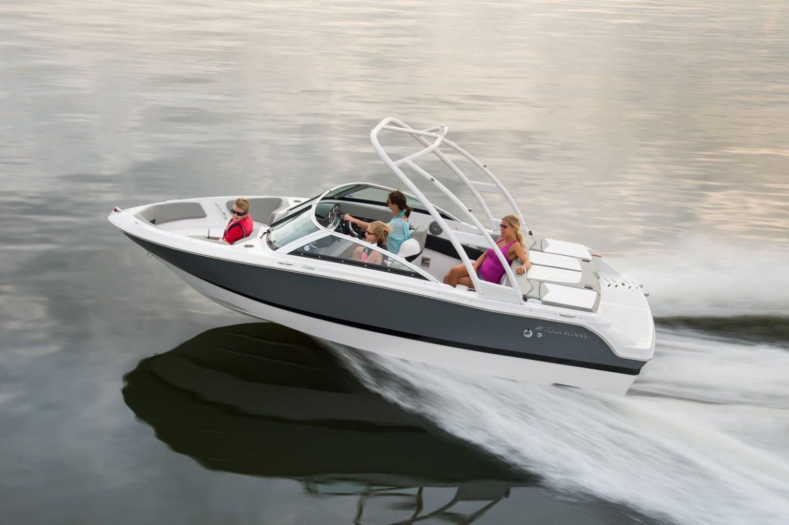 סירות מנוע יד שניה למכירה - סירות ספורט וסירות סקי יד שניה - סטרים יאכטות