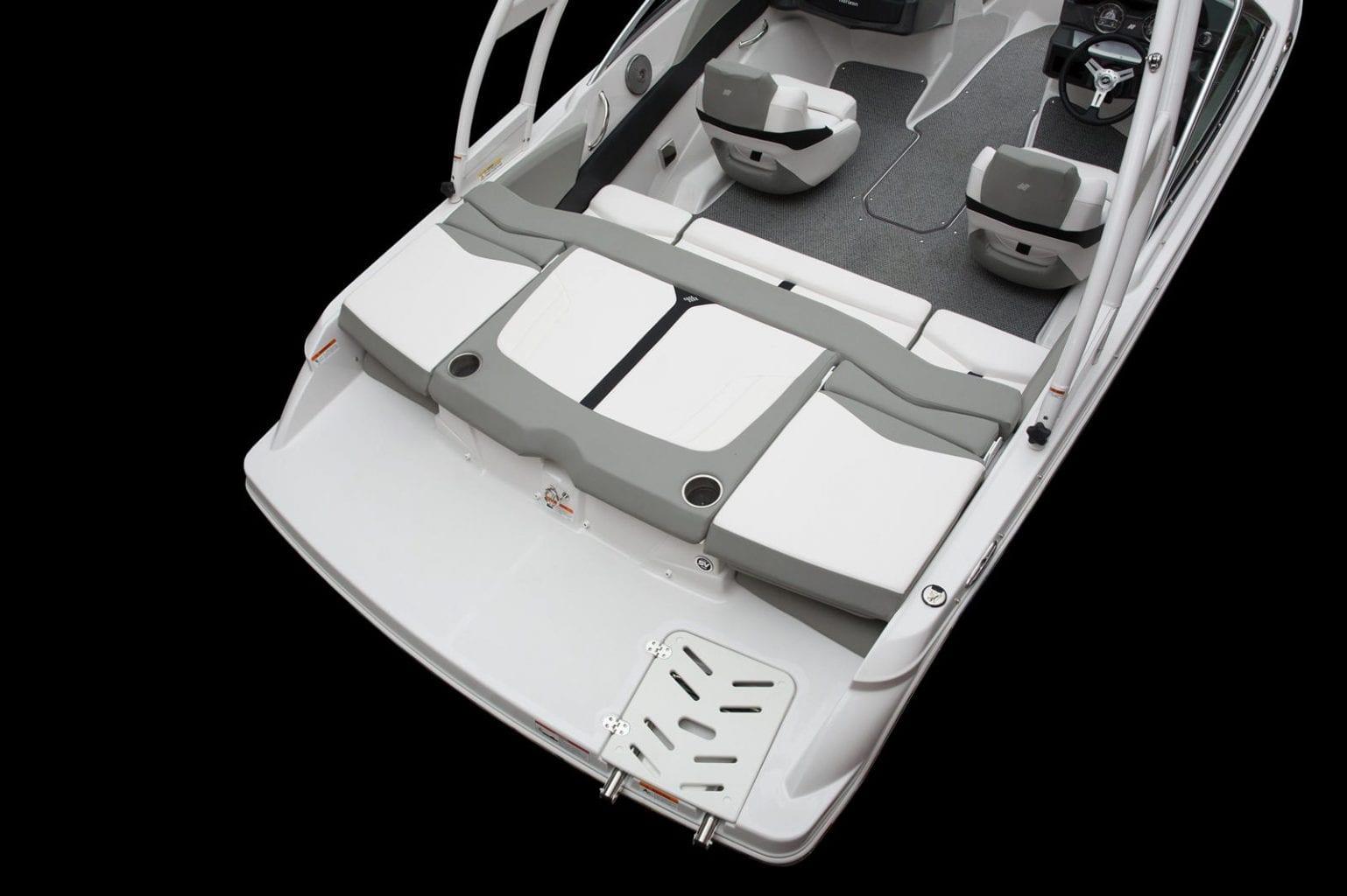סירת ספורט דגם Four Winns 190 - סטרים יאכטות - סירת ספורט דגם Four Winns 190 - סטרים יאכטות