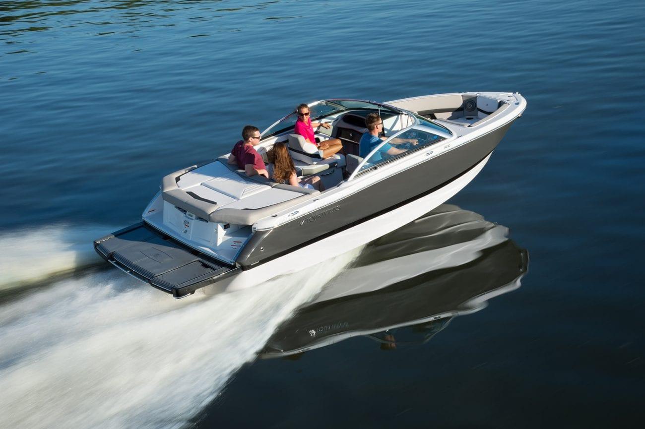 סירת מנוע (ספורט) Four Winns 210