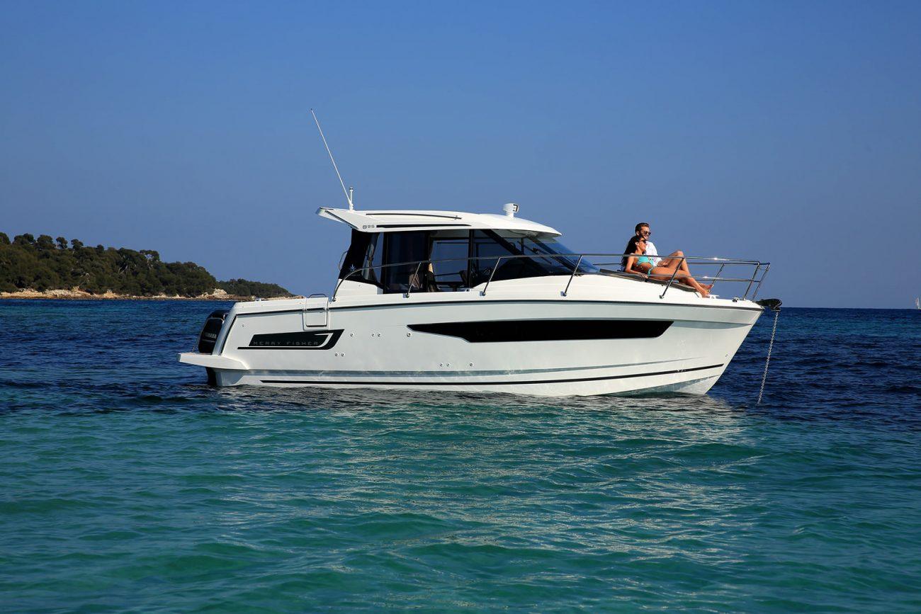 סירת מנוע JEANNEAU MERRY FISHER 895
