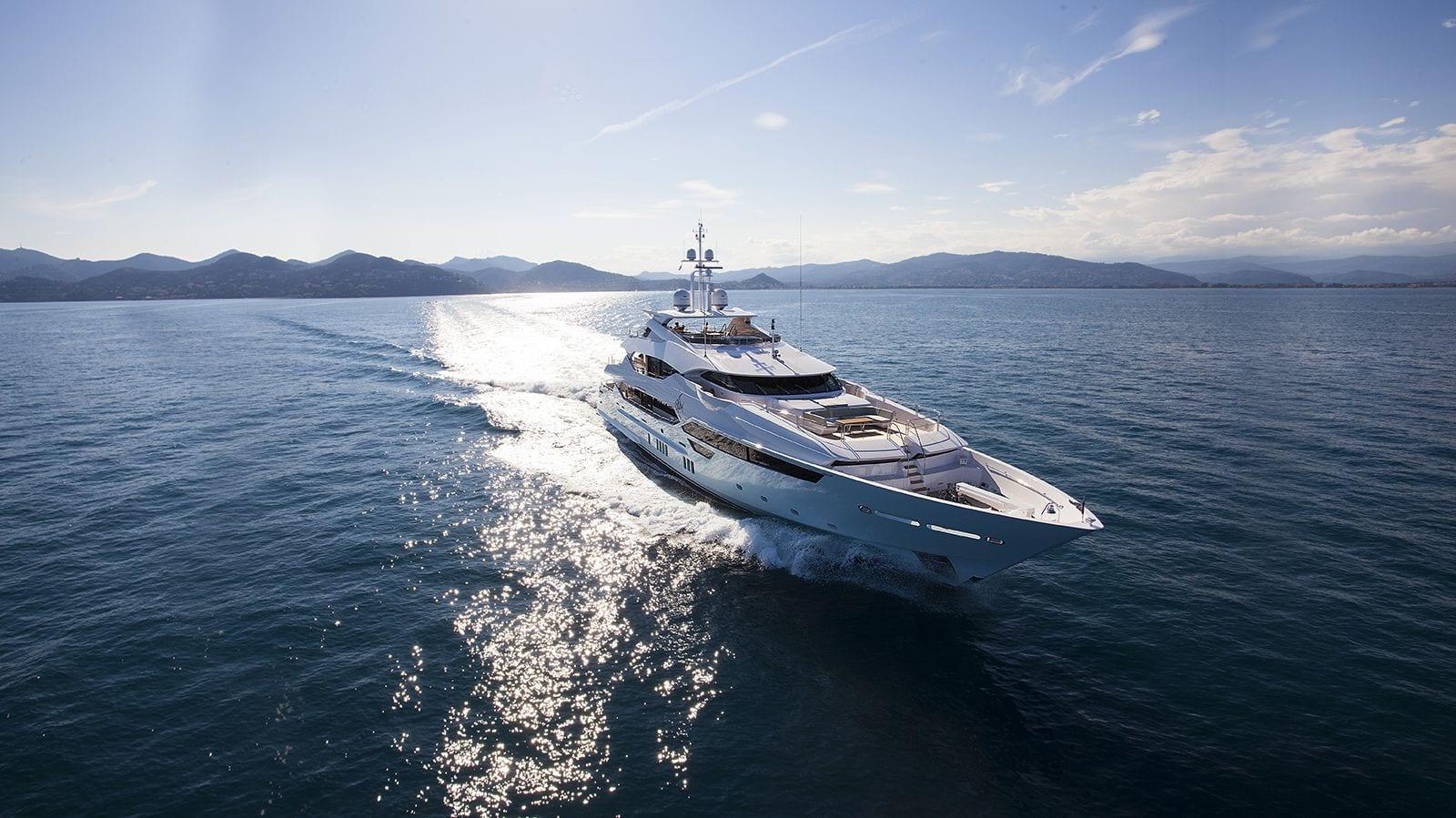 Motor Yachts - Stream Yachts