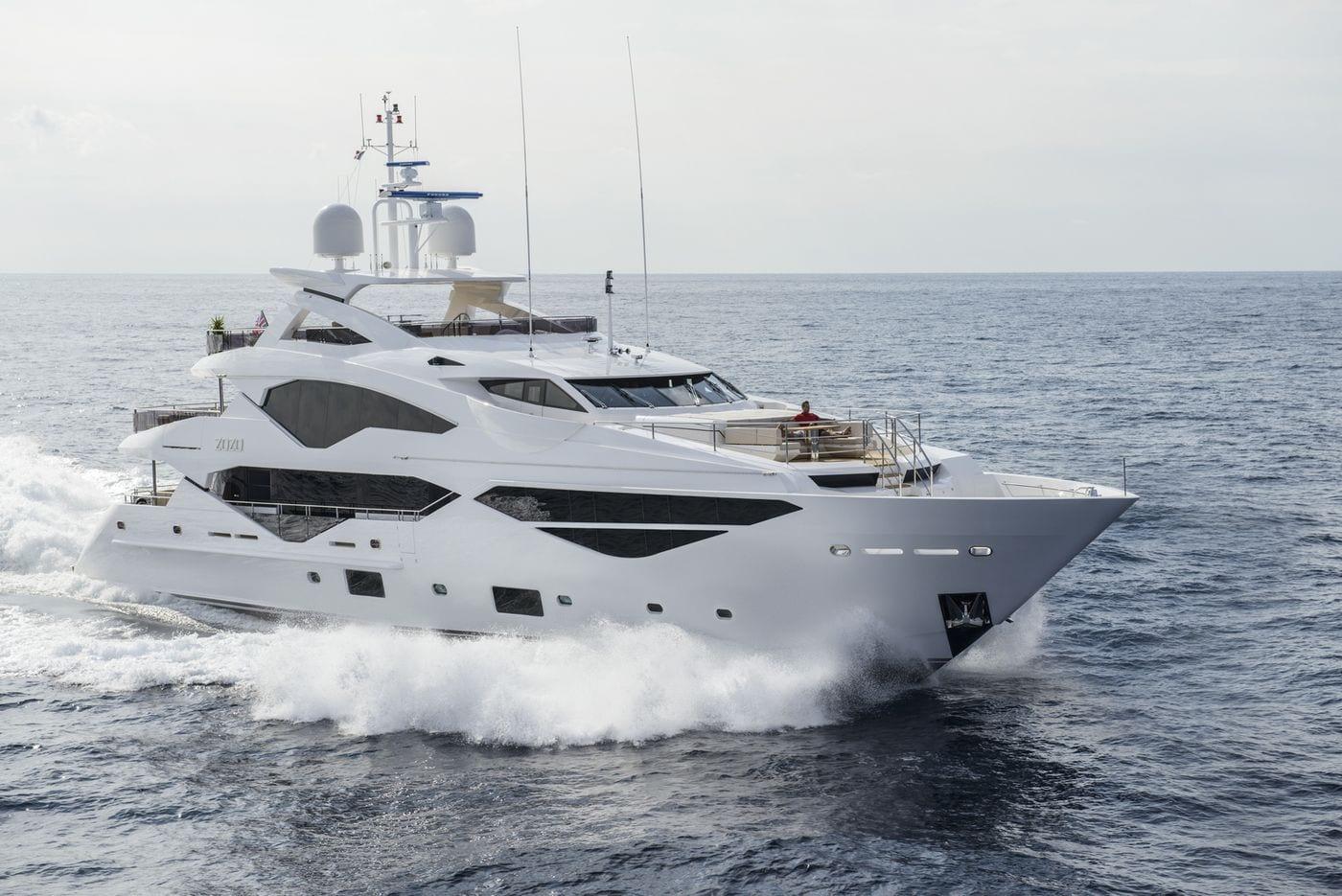 יאכטה Sunseeker Yacht 131 - יאכטה Sunseeker Yacht 131 - סטרים יאכטות