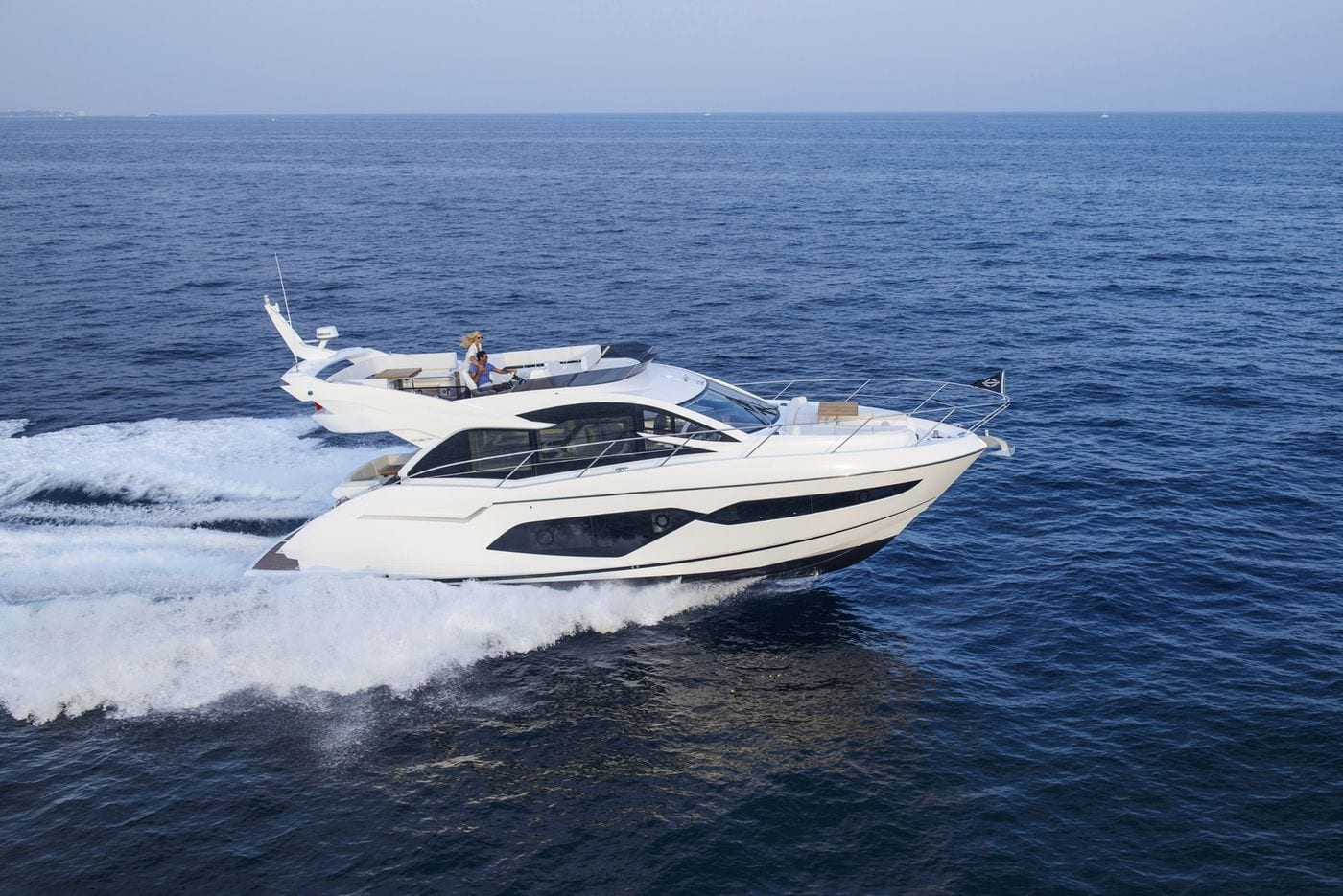 יאכטה Sunseeker Manhattan 52 - סטרים יאכטות