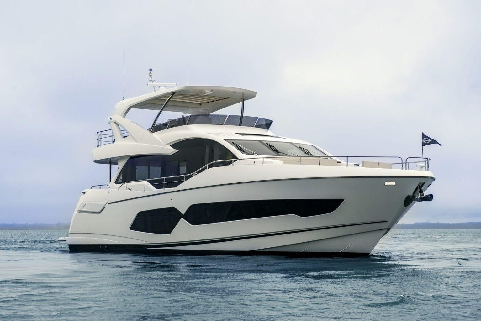יאכטה Sunseeker Yacht 76 - יאכטה Sunseeker Yacht 76 - סטרים יאכטות
