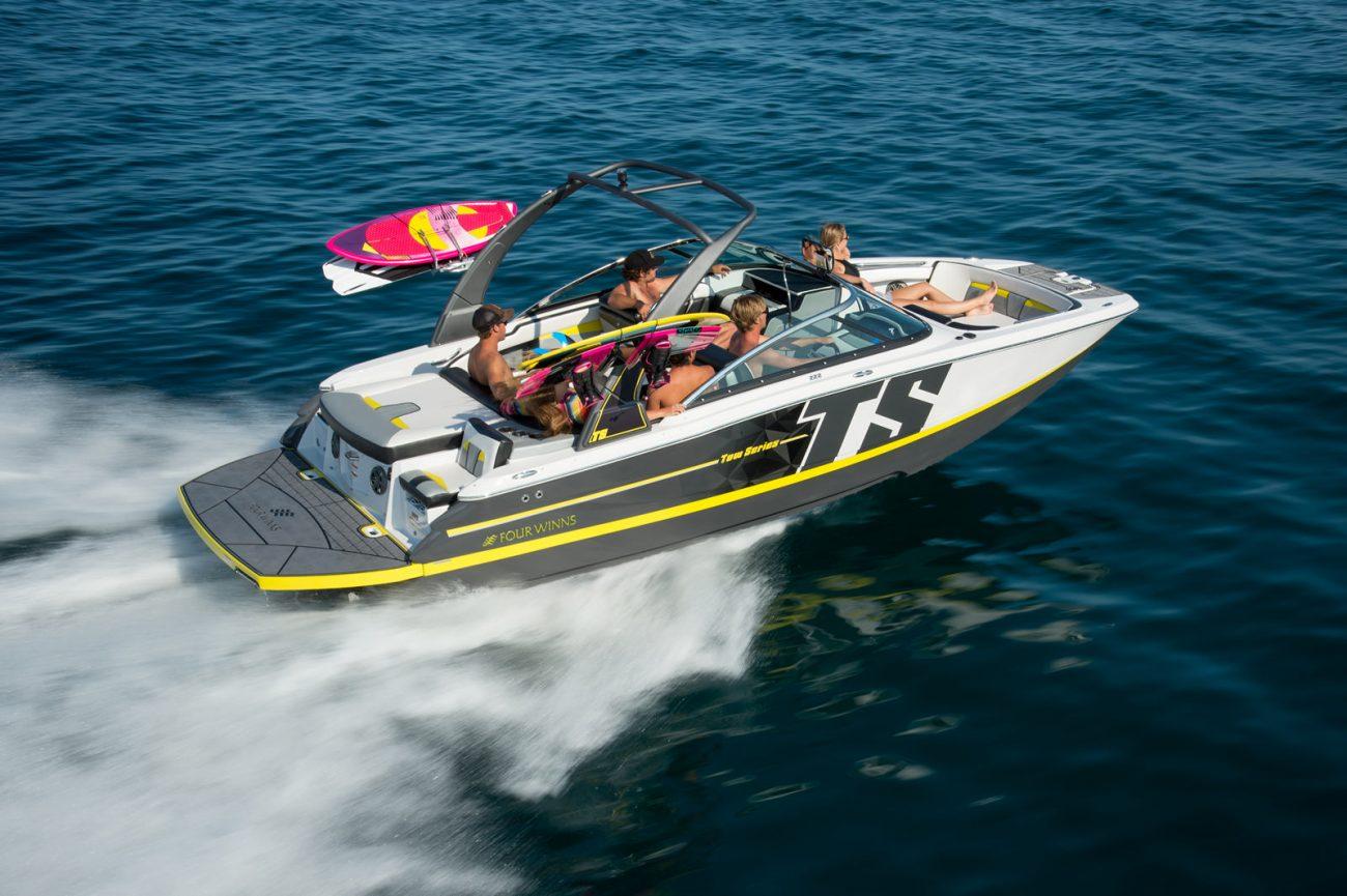 סירת מנוע (ספורט) Four Winns 222