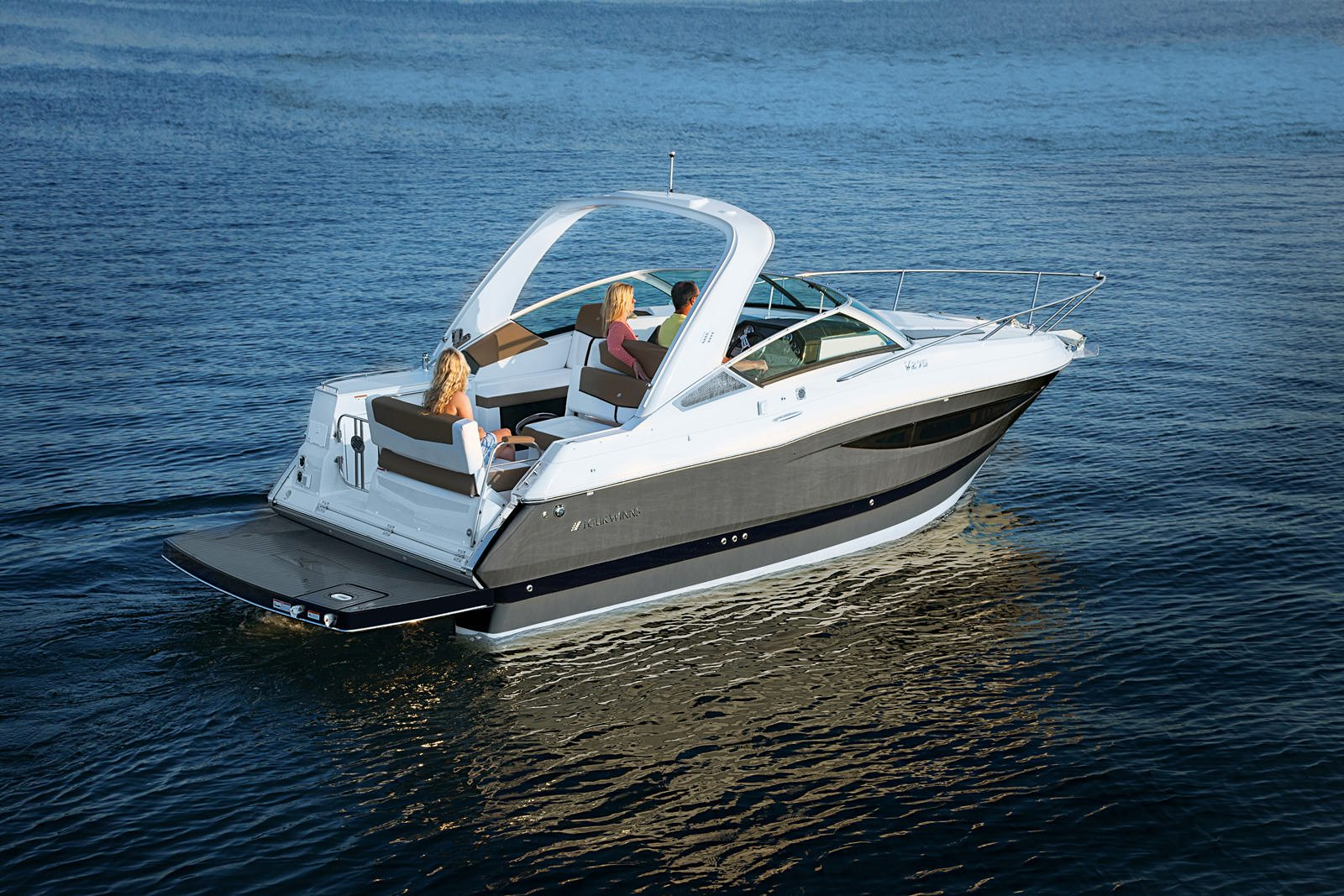 יאכטה לרישיון עוצמה ב' Four Winns V275 - Four Winns V275 - Stream Yachts